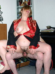 beeg milf hairy hd