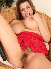 Vanda hairy pussy massage orgasm beeg