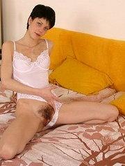 beeg milf hairy stimulation